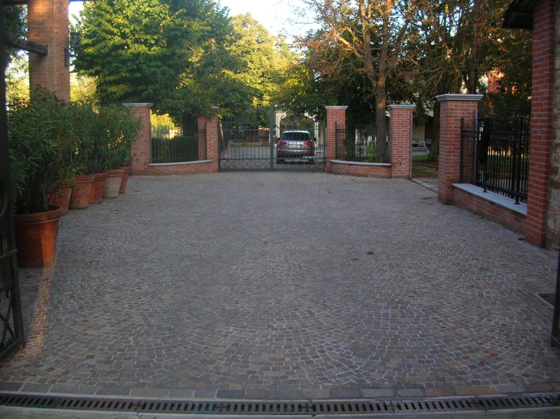 cubetti porfido residenza privata provincia torino